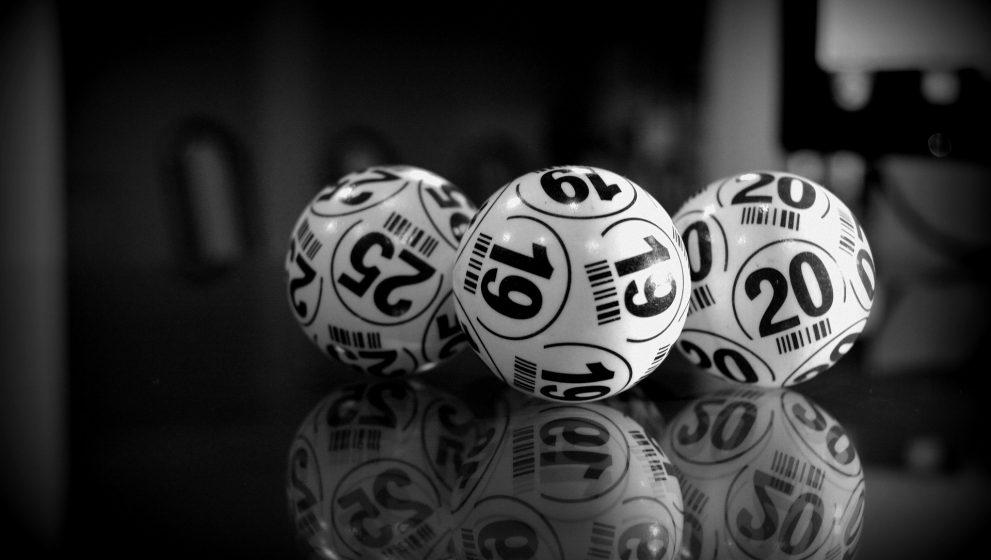 ¿Existen estrategias reales para ganar la lotería?