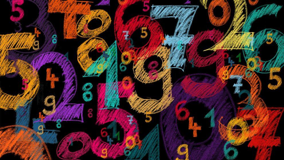 Números en el Tarot: La adición mágica