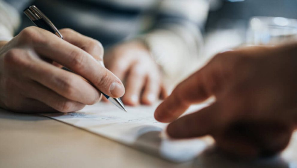 Realiza tus traducciones rápidas y fáciles con verificación legal