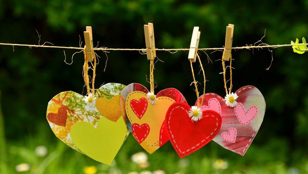 Instrucciones para encontrar amarres de amor efectivos